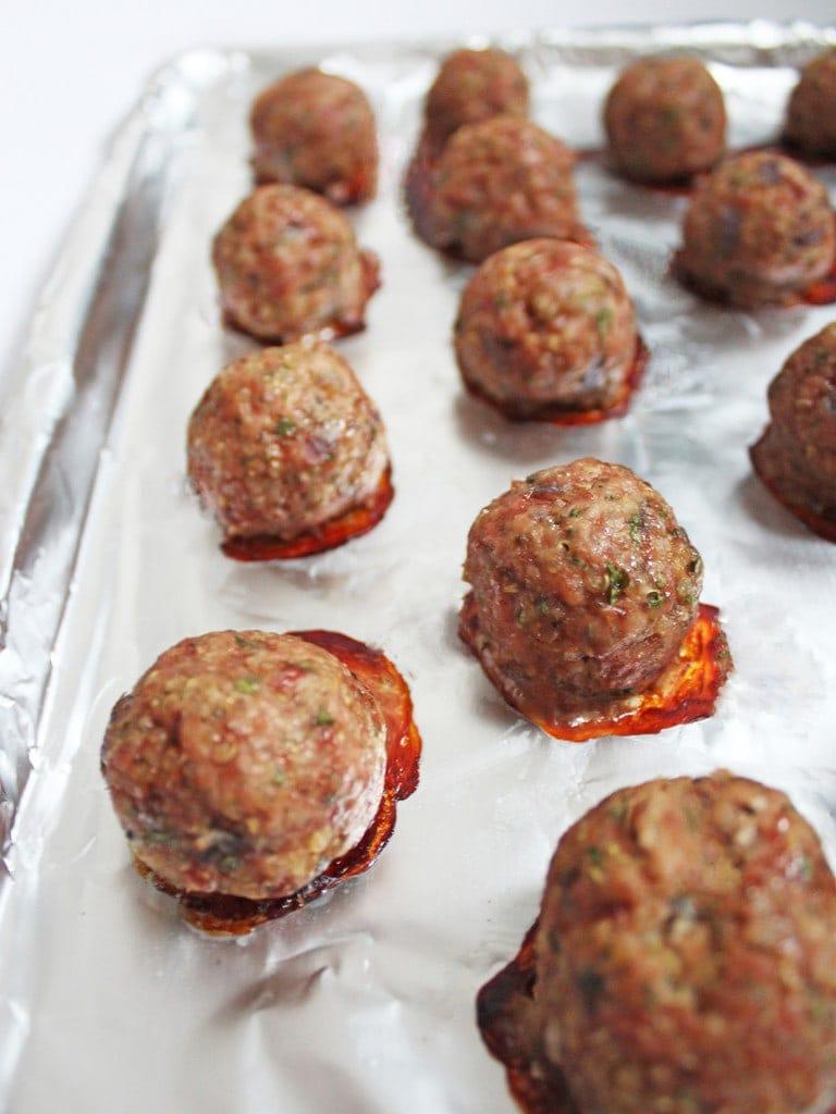 Turkey quinoa meatballs recipe with spaghetti squash | @haleydwilliams