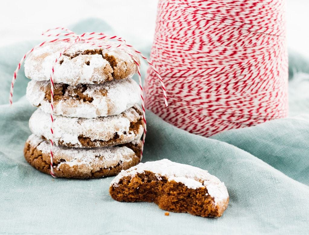 Gingerbread crinkle cookies are chewy and made with molasses. The recipe is perfect for Christmas! | www.ifyougiveablondeakitchen.com