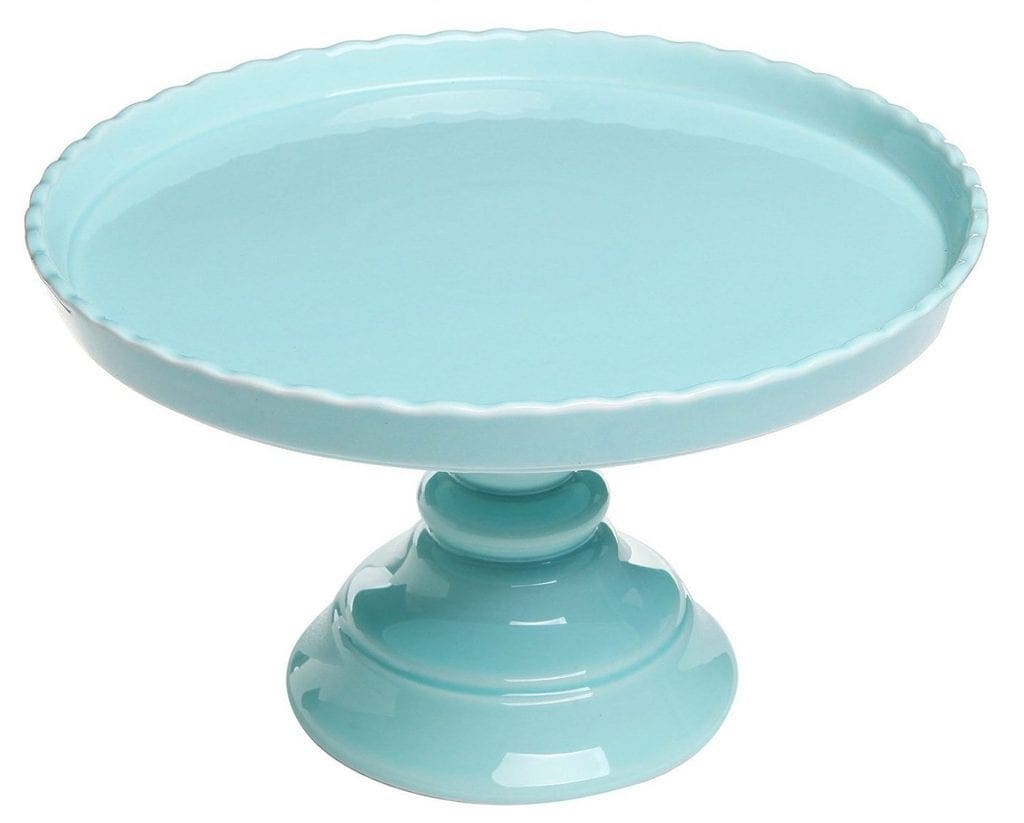 Easter Entertaining Essentials: Robin's egg blue cake stand to display beautiful Easter cupcakes or carrot cake. | @haleydwilliams