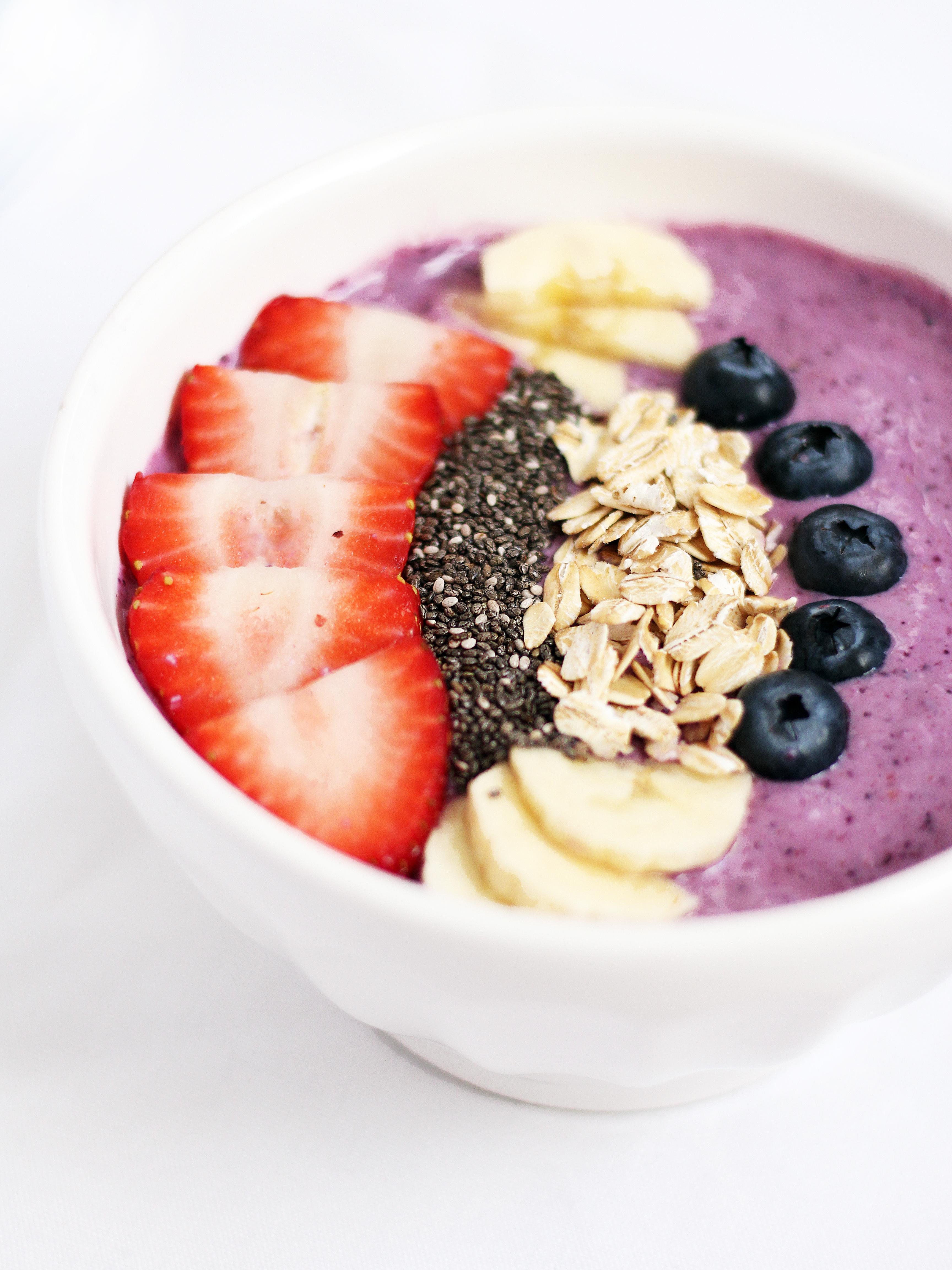 April smoothie bowl recipe berry banana the berry banana smoothie bowl recipe is a blend of blueberries strawberries banana ccuart Image collections