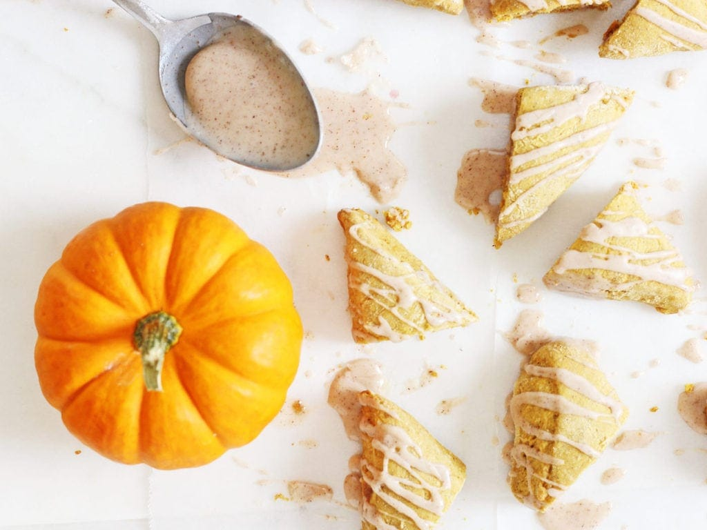 Two-bite mini pumpkin scones made with fall spices | www.ifyougiveablondeakitchen.com