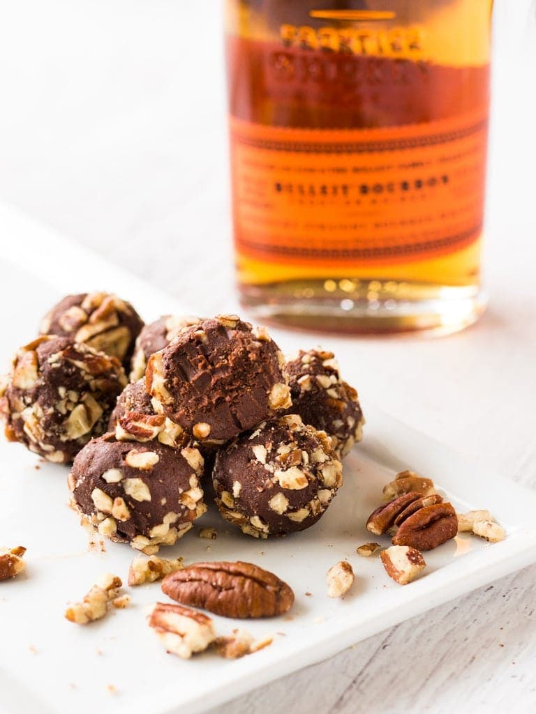 Pecan truffles are the perfect no-bake dessert for the Kentucky Derby, Thanksgiving or Christmas! | www.ifyougiveablondeakitchen.com