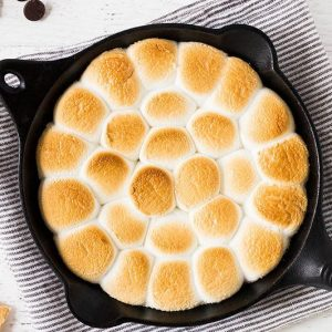 How to make smores dip in a skillet | www.ifyougiveablondeakitchen.com