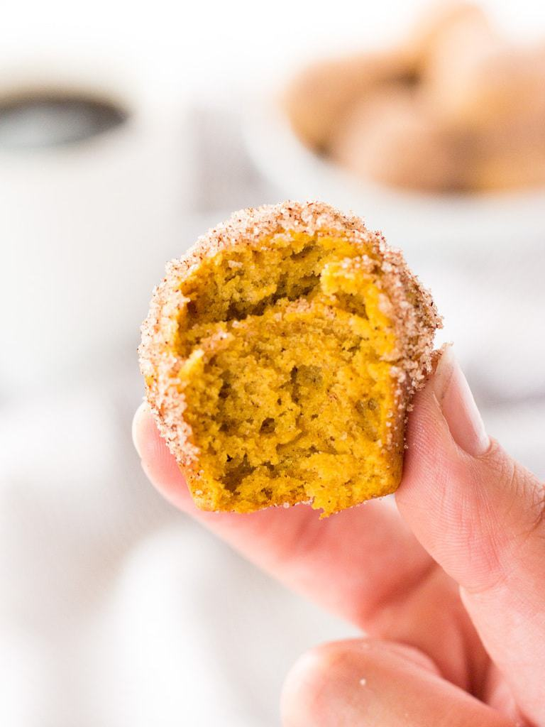 Bite-sized pumpkin donut muffins are easy to make. Use a mini muffin tin and they come out just like doughnut holes! | www.ifyougievablondeakitchen.com