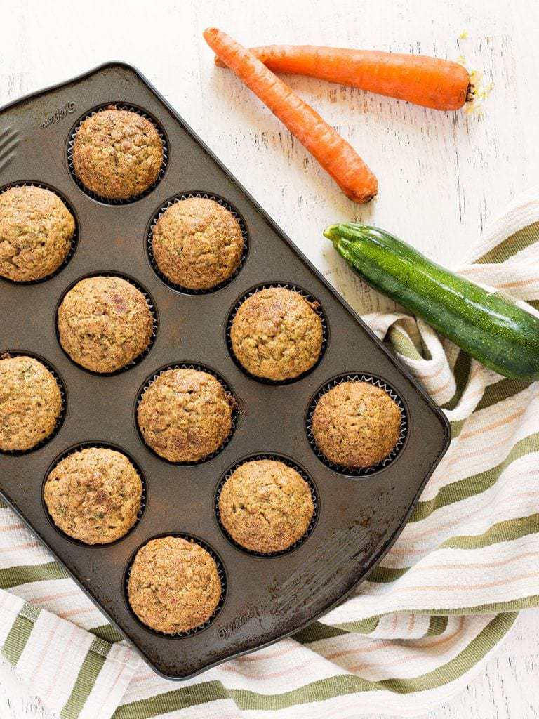 This recipe for carrot zucchini muffins is so good! Great use for zucchini in the summer. | www.ifyougiveablondeakitchen.com