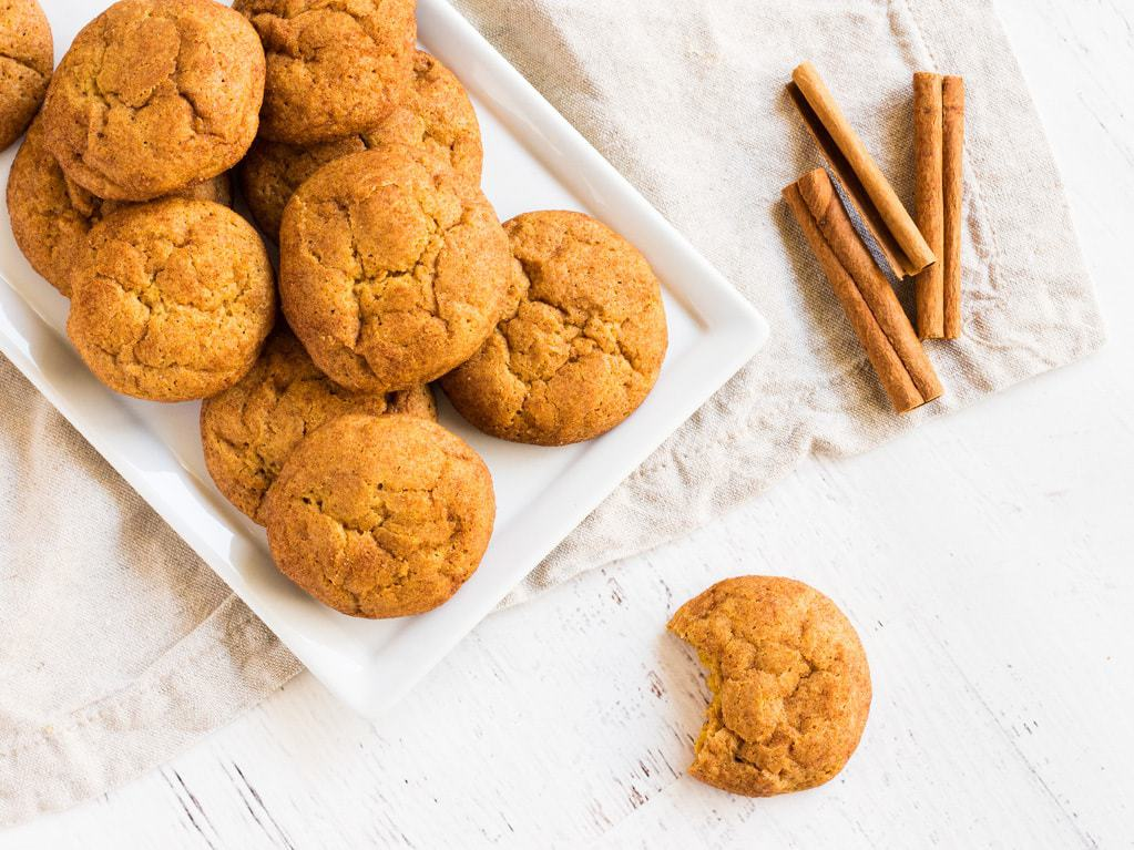 Pumpkin snickerdoodle cookies are the best cookies for fall. They are filled with cinnamon, nutmeg, ginger and all spice. | www.ifyougiveablondeakitchen.com