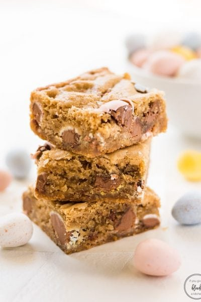 Mini Egg Easter Blondies