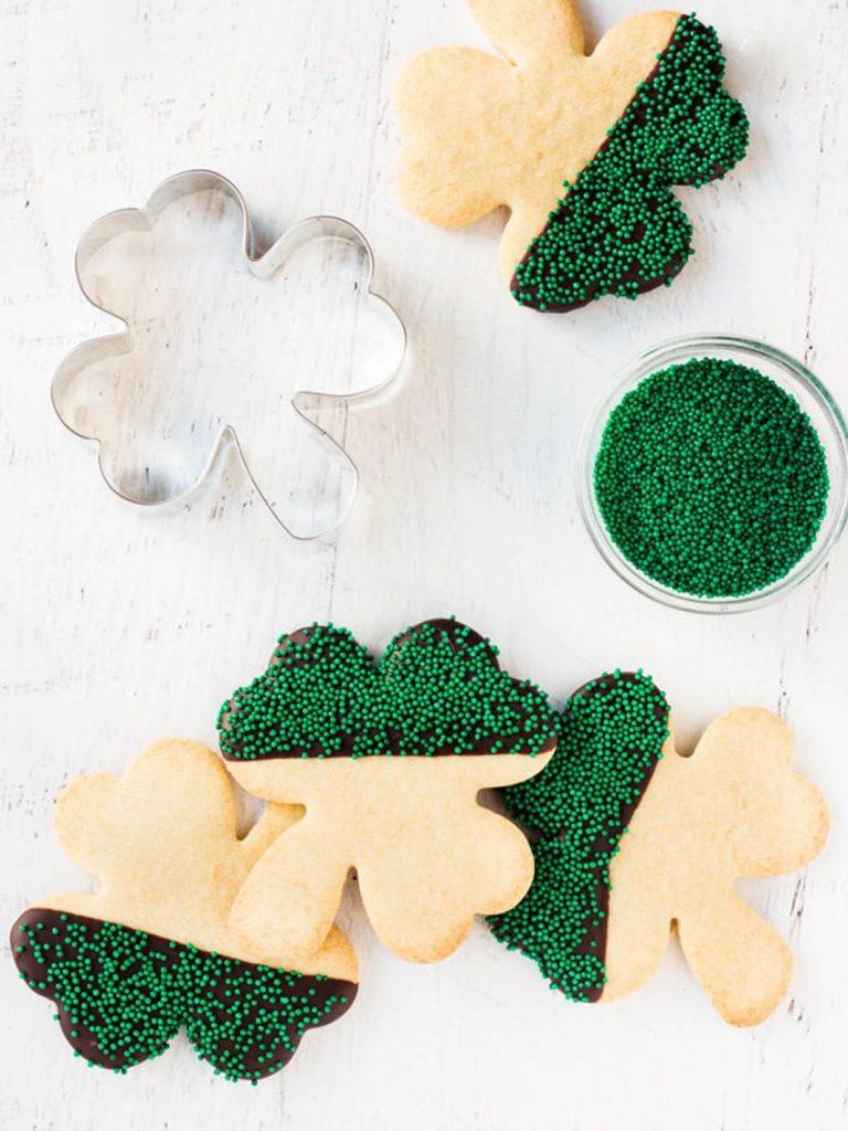 shamrock cookies cookie cutter green sprinkles