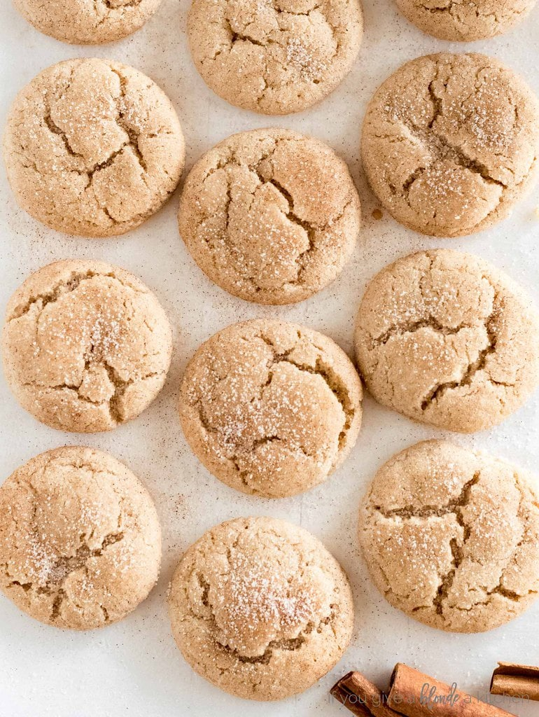 snickerdoodle cookies cracked tops with cinnamon sugar